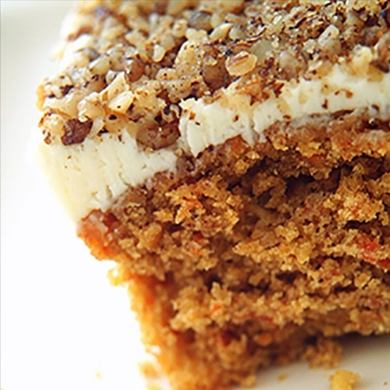 Cake with carrot, coconut and RinQuinQuin