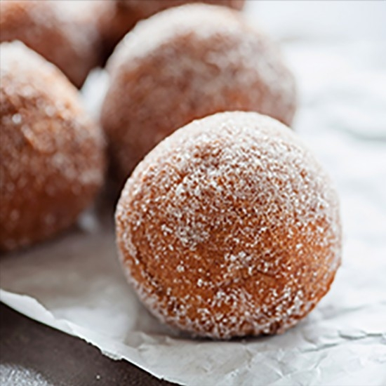 Doughnuts perfumed in the Pastis Henri Bardouin by Annie Boudara