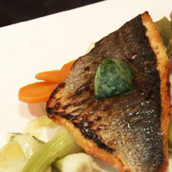 Gilthead sea bream in the oven and in the Pastis Henri Bardouin by Joel Juglaret