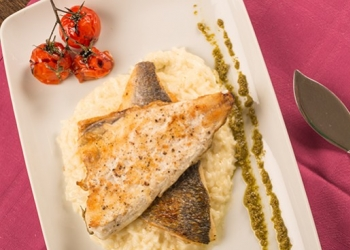 Sea bream fillets in an aniseed sauce