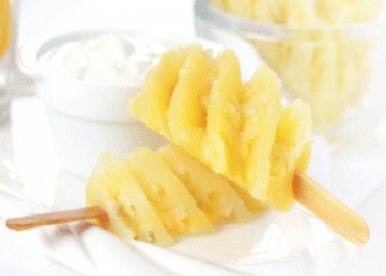 Pineapple with aniseed cream