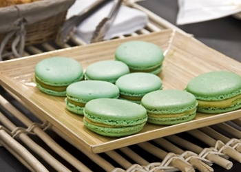 Macaroon with Absente