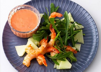Shrimp salad with RinQuinQuin melon sauce